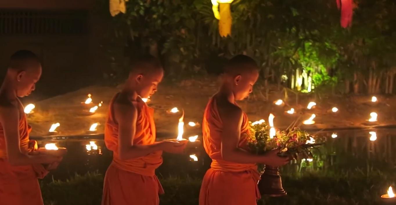 comportamento in thailandia nei templi