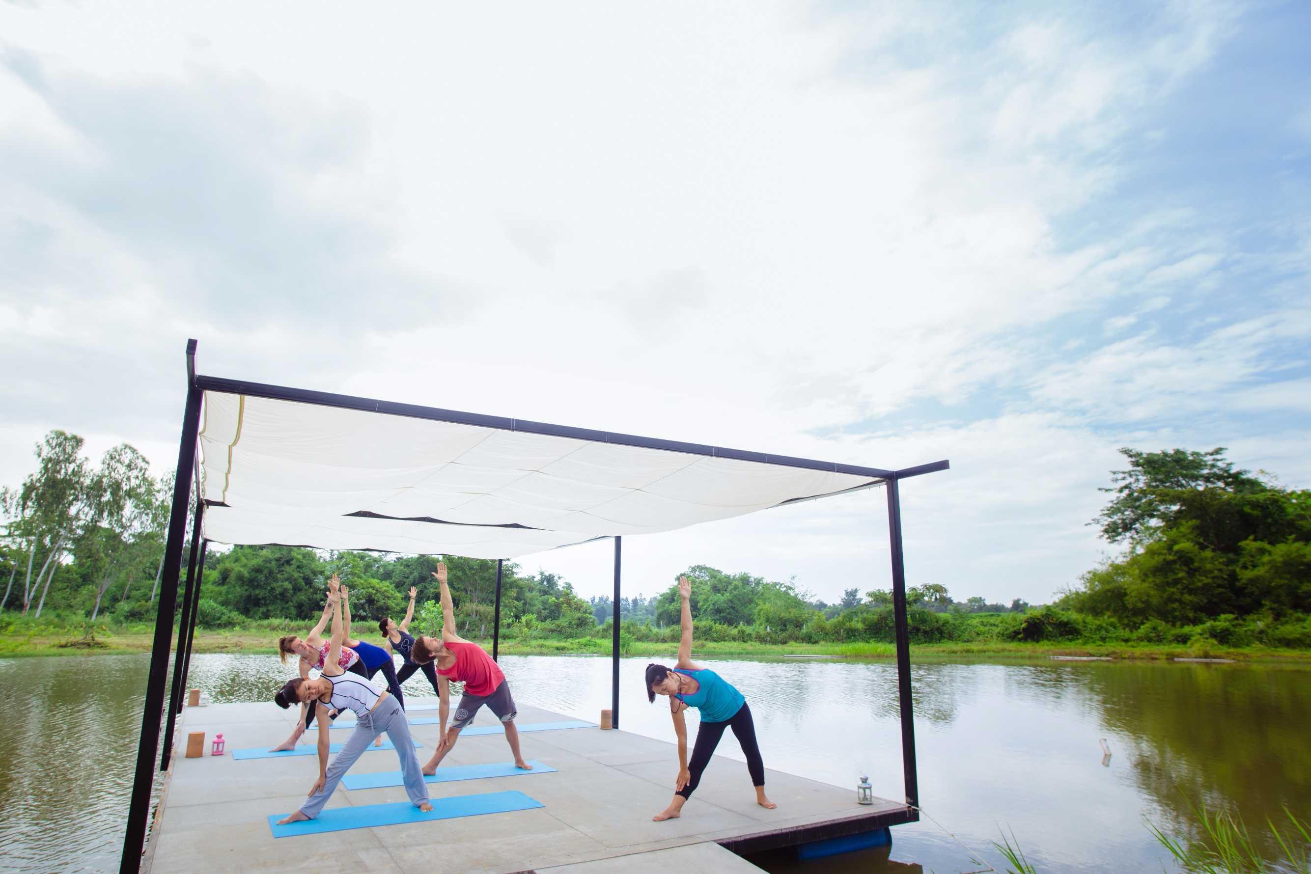 ritiro meditazione yoga in thailandia chiang rai lezioni di yoga