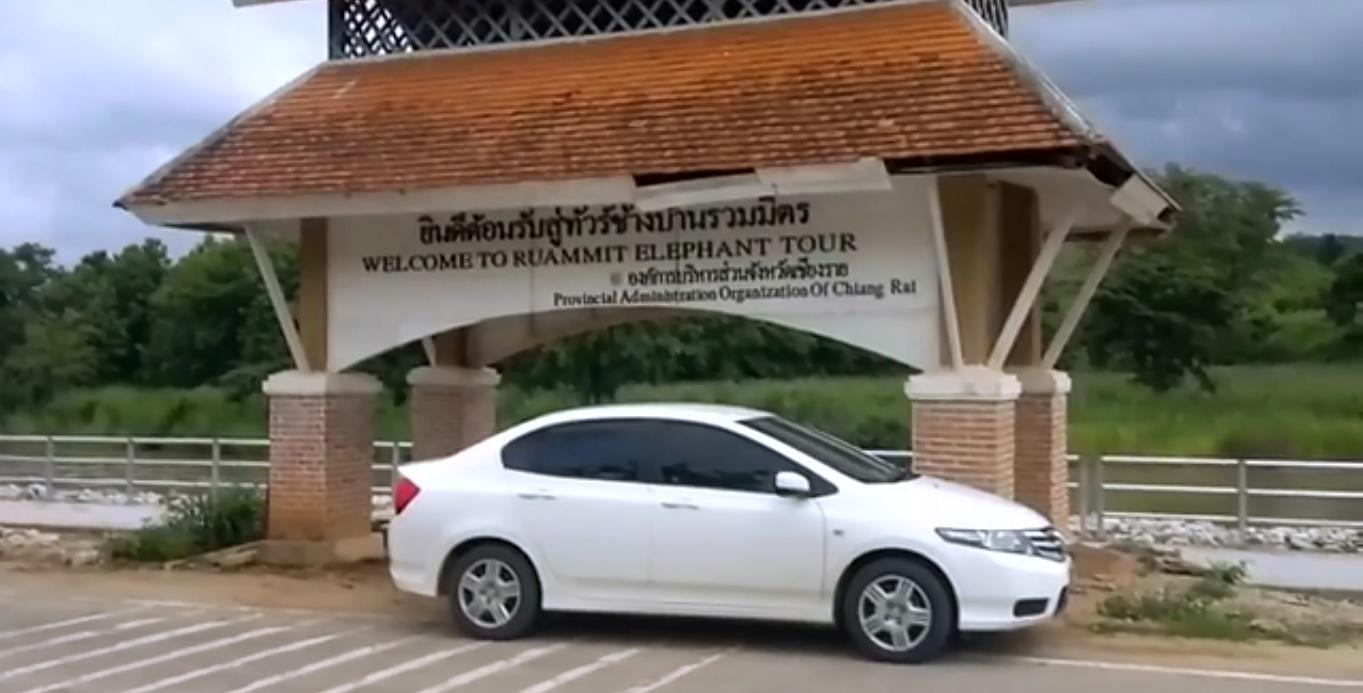 Chauffeur - Noleggio auto con autista in Thailandia